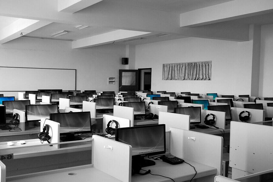 Gewerbeauflösung - Betriebsauflösung - Callcenter Berlin - Entrümpelung Elektrogeräte - Elektroschrott - Sperrmüll abholen lassen